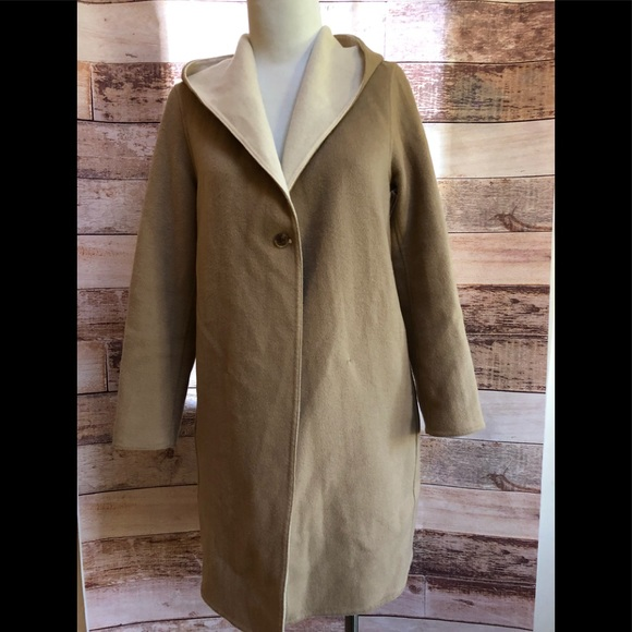 c48daa4bc18 Uniqlo woman's double face hooded coat size xs. M_5bc89f03c6177710aa3a9b19
